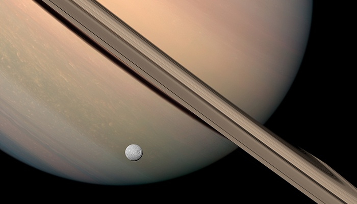 Top 5 Things In Saturns Rings